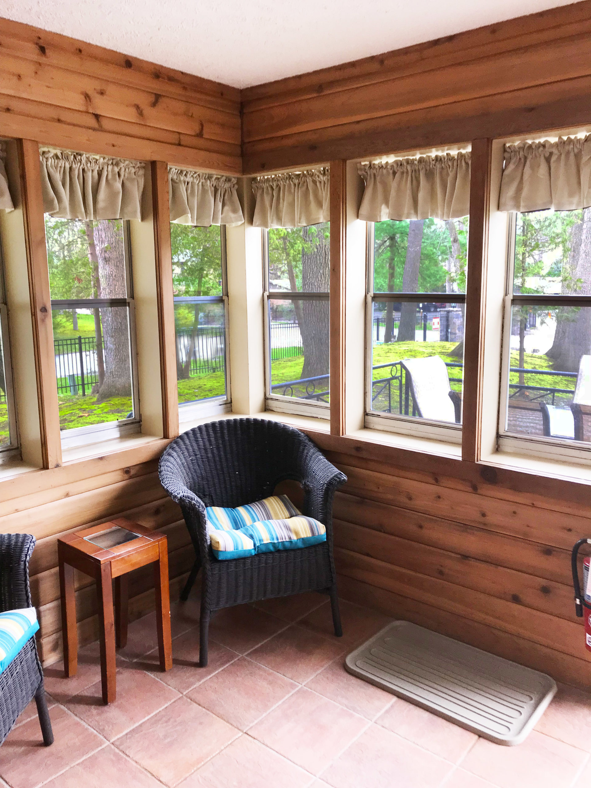 Bluewater Cottage Sun Room